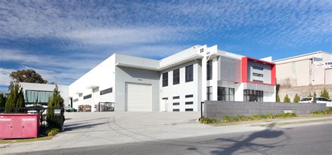 tenanted warehouse at molendinar gold coast sold for 2