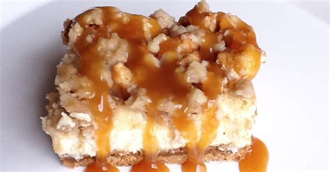 caramel apple cheesecake bars with streusel topping the gourmet country girl caramel apple cheesecake bars with streusel topping