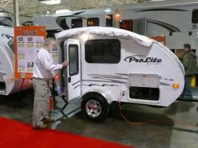smallest cer with bathroom small travel trailers from toronto rv show offering