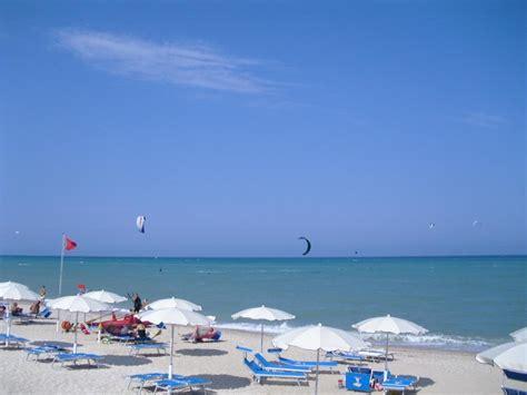 club porto recanati la spiaggia pineta spiaggia ristobar sport