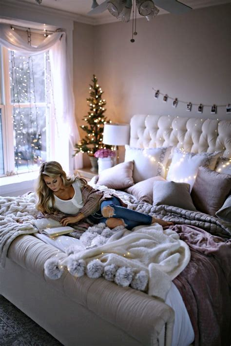 holiday decor ideas   bedroom   olivia rink
