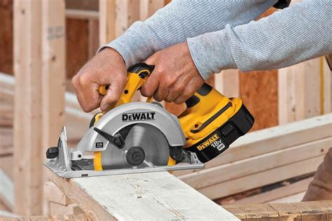 best saw 2017 best cordless circular saw in 2017 2018 best saw for the
