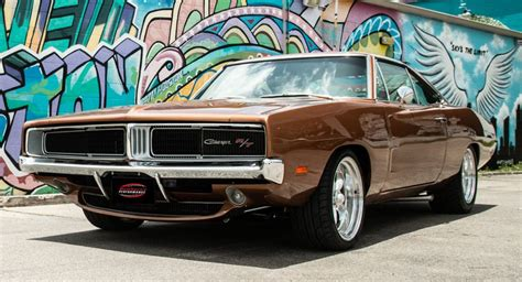 how does cars work 1969 dodge charger head up display 1969 dodge charger hellcat is a restomod we can all get behind carscoops
