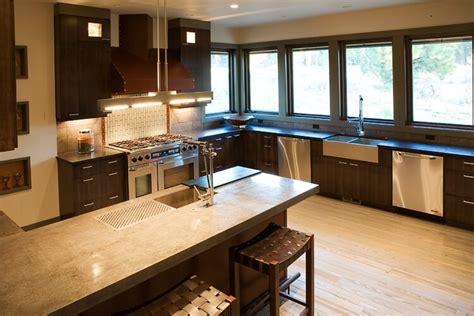 story contemporary craftsman home design floor plan