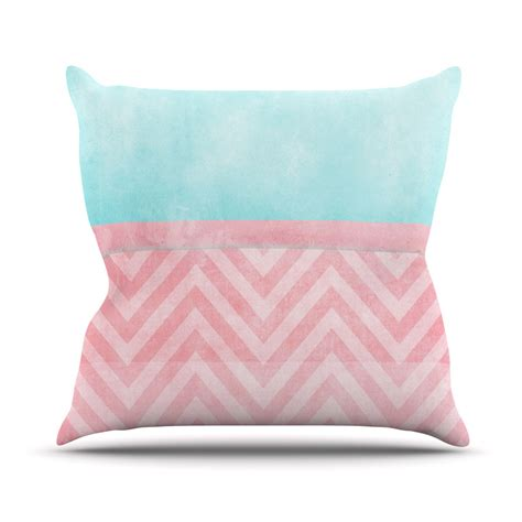 light pink pillow gives the nuance of lovely scandinavian