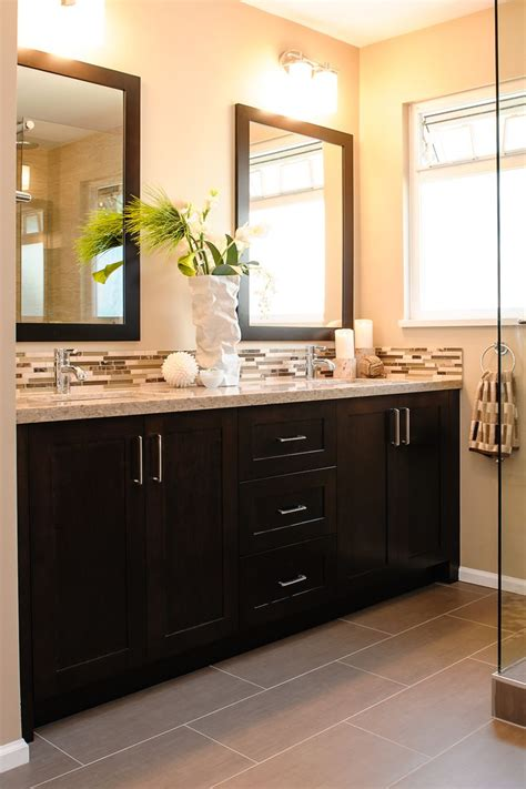 dark cabinets in bathroom 25 best ideas about dark cabinets bathroom on pinterest