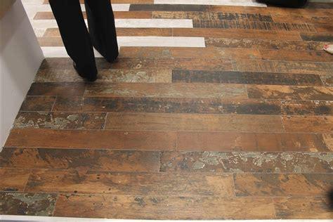 ceramic tile that looks like wood ceramic tile looks like wood laminate ceramic tile look flooring laminate ceramic tile look