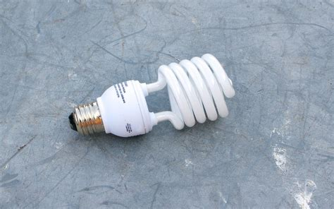 how do you dispose of fluorescent light bulbs how to dispose of fluorescent light bulbs washington state