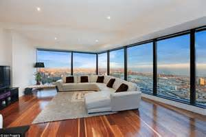 Rentals In View Eureka Tower Apartment On Melboune S Southbank Boasts A