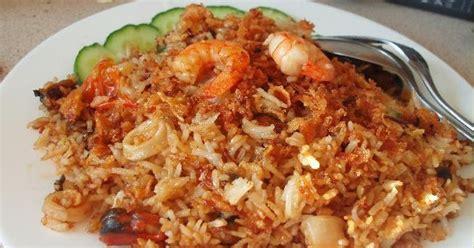 membuat nasi goreng untuk balita resep membuat nasi goreng seafood resep makanan praktis