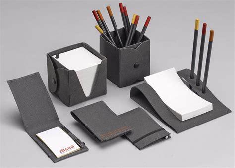 oggettistica per ufficio forniture ufficio portaoggetti set scrivania materiale