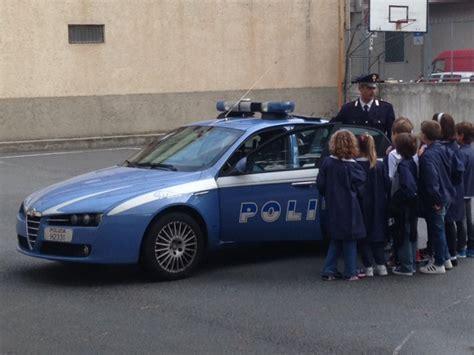 polizia di stato ufficio sta alassio i bambini della ausiliatrice a scuola dalla