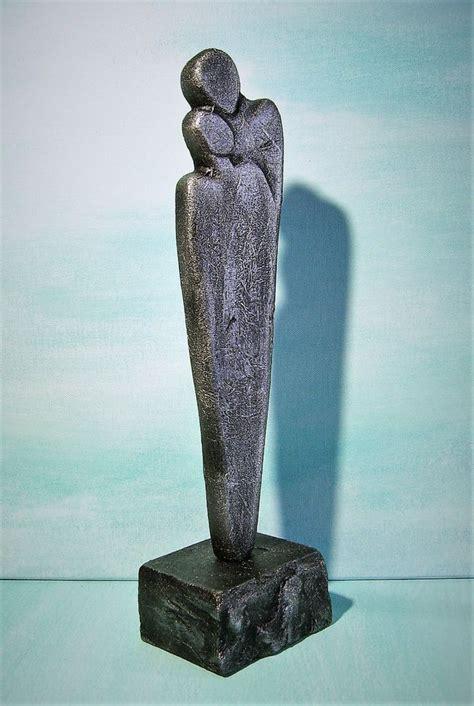 moderne skulptur die besten 17 ideen zu skulptur auf