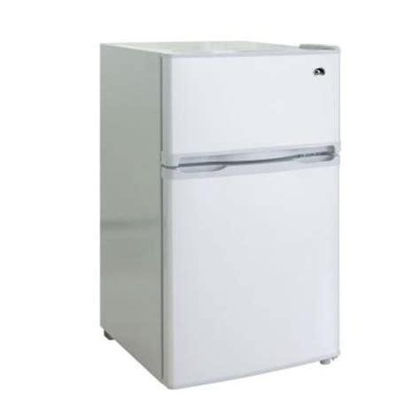 Small Home Refrigerators Igloo 3 2 Cu Ft Mini Refrigerator In White 2 Door Fr832