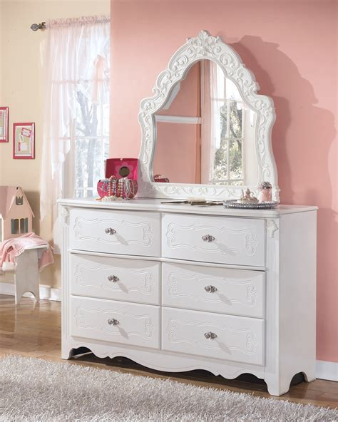 Exquisite Poster Bedroom Set From Ashley Asl B188 71 82n Exquisite Bedroom Furniture