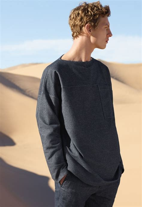 Cos Hits The Streets by Cos Hits The Desert For Summer 2016 Caign