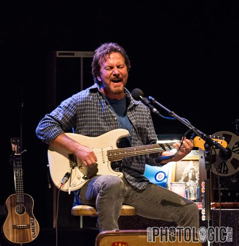 eddie vedder house live review of eddie vedder qpac queensland performing arts centre on saturday 22