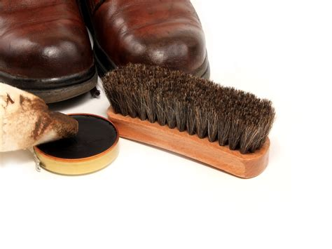 how to clean leather sandals how to properly clean leather shoes and boots