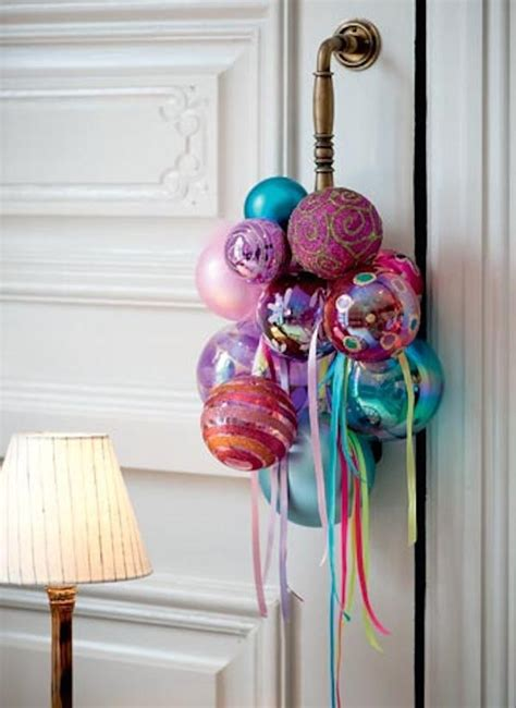 15 ideas of decorating with christmas baubles furnish