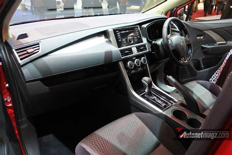 interior xpander gls mt xpander interior dashboard hitam autonetmagz review