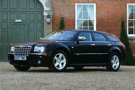 chrysler 300c chrysler 300c touring 2006 car review honest