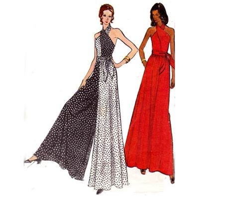 Vogue Maxi 70s halter maxi dress pantdress jumpsuit pattern vogue 8445
