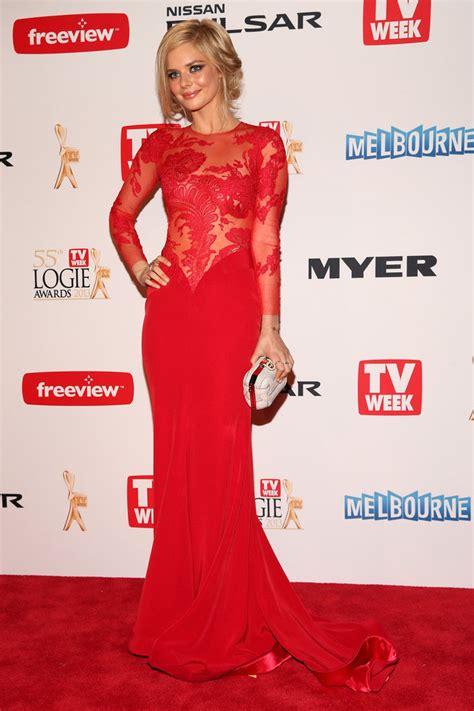 The Black Dress Carpet Fashion Awards by Samara Weaving Carpet Dress Logie Awards Illusion
