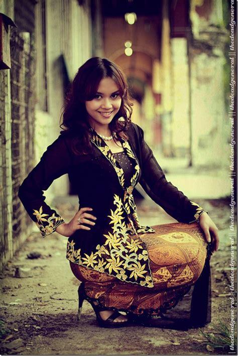 Kebaya Bali 29 semi modern traditional clothes of java kebaya style kebaya traditional