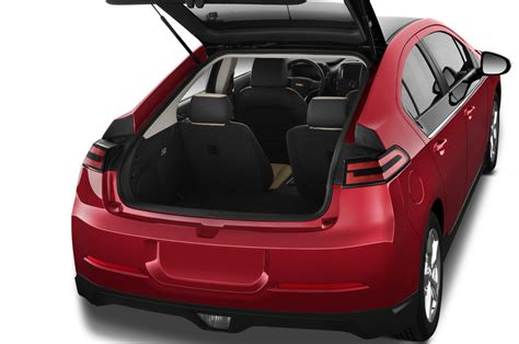 2014 Chevy Volt Review by 2014 Chevrolet Volt Reviews And Rating Motor Trend