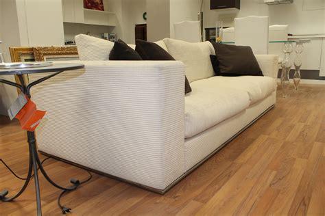 divani desiree prezzi divano lineare desir 232 e modello ozium divani a prezzi
