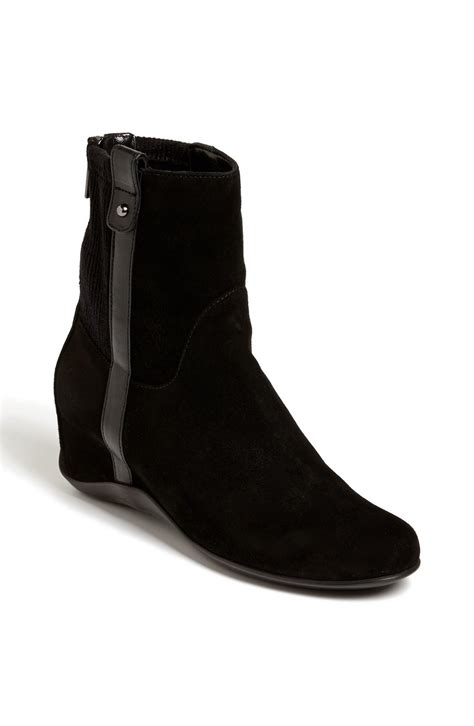 aquatalia by marvin k v boot in black black suede lyst