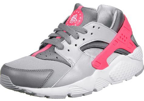 nike huarache shoes nike air huarache gs shoes grey pink