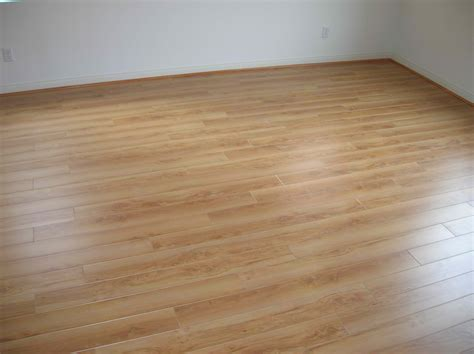 linoleum vs vinyl flooring wood floors