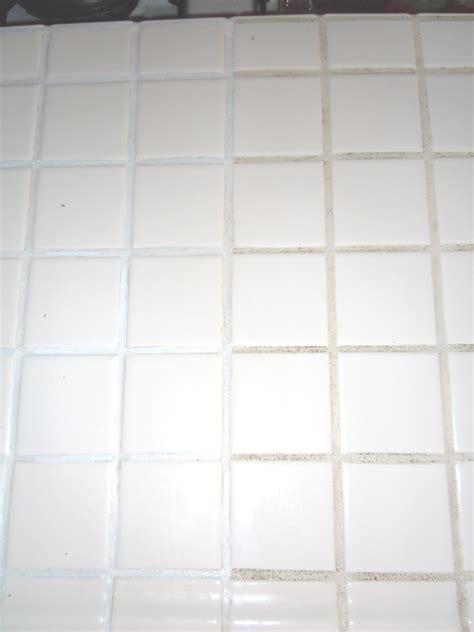 naturally creative mama tutorial how to paint old tile grout