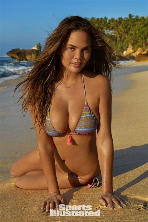 sports illustrated swimsuit 2017 chrissy teigen for sports illustrated swimsuit issue 2017