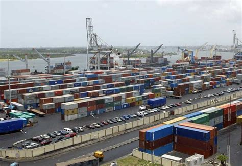 port lagos workers shut maersk nigeria operations longshore