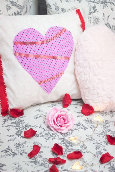 diy cushion cover no sew diy valentines no sew cushion covers