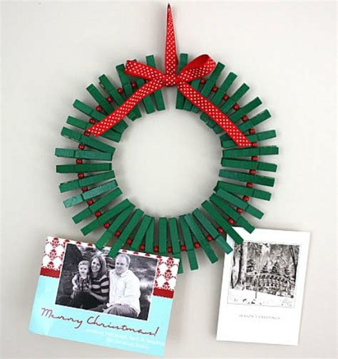 christmas crafts for kids clothes pin wreath finger