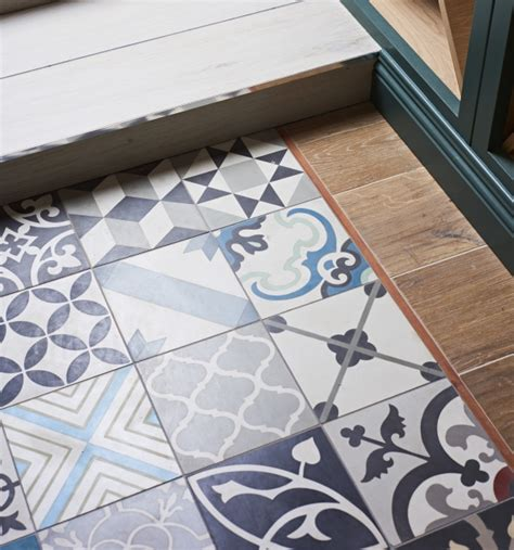 Patchwork Tiles - patchwork multicolour tile ca pietra