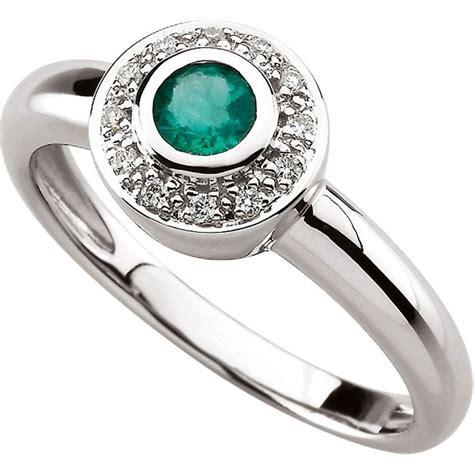 14kt white gold bezel set emerald ring