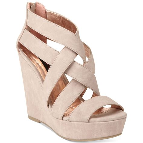material axel platform wedge sandals in beige blush