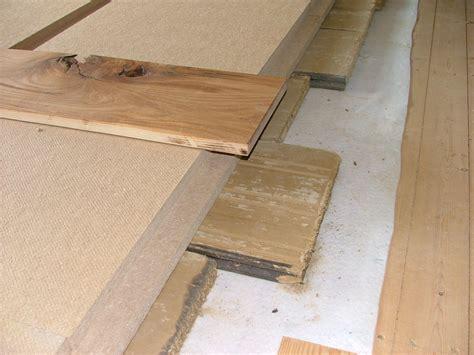 Pvc Boden Verlegen Mit Trittschalldämmung by Optimaler Schallschutz F 252 R Holzbalkendecke Mit Dreiseitig