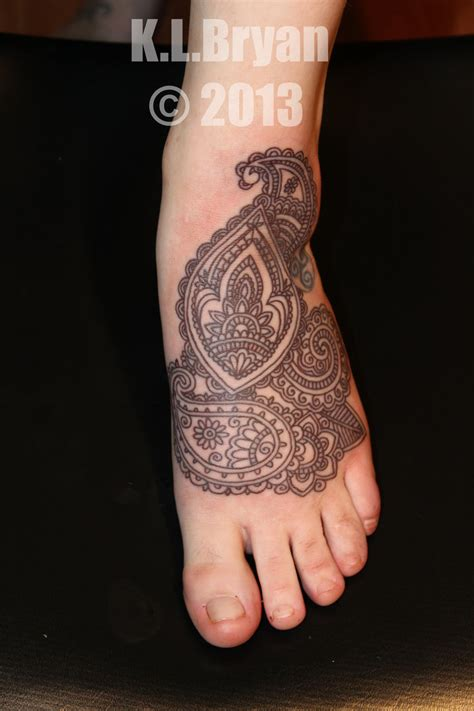 permanent henna foot by danktat on deviantart