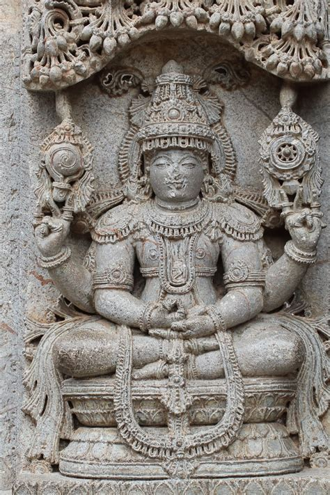 indian temple sculpture books meditating vishnu at chennakesava temple at somanathapura