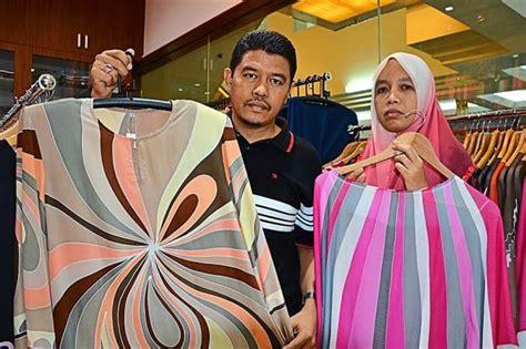 Baju Mengandung Johor baju raya corak batik lukis masih diminati berita semasa mstar