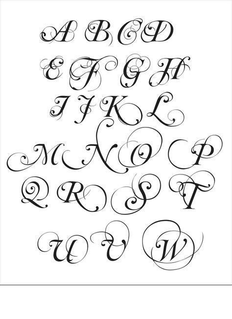 Buchstaben Aufkleber F R Die Wand by Die Besten 25 Buchstaben S Tattoo Ideen Nur Auf Pinterest