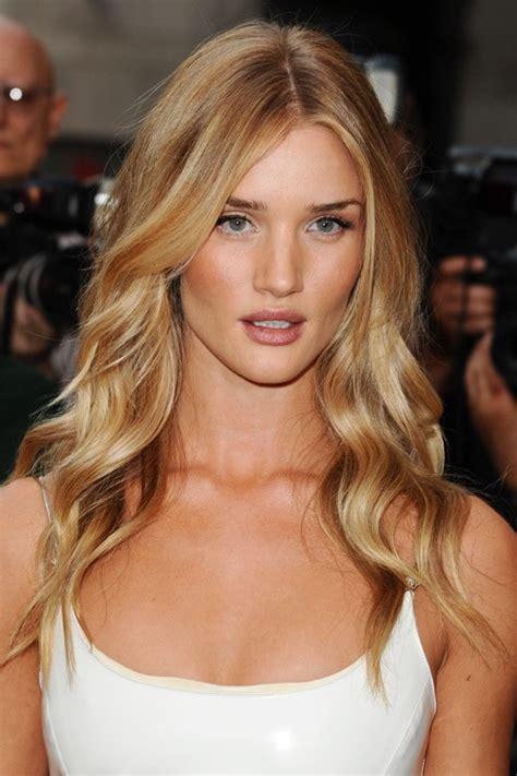 rosie huntington whiteley hair color rosie huntington whiteley s hairstyles hair colors
