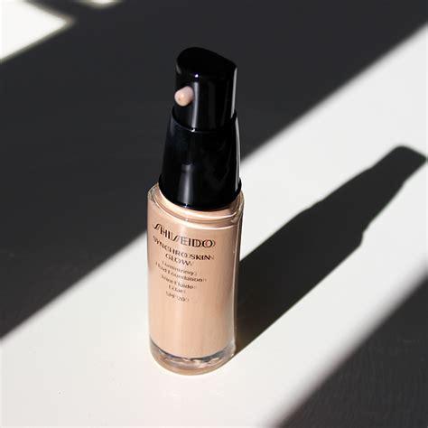 Shiseido Synchro Foundation a spotlight on shiseido synchro skin glow escentual s