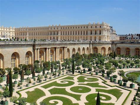 Versailles Gardens by Versailles Gardens