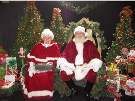 mr and mrs claus santa and mrs claus giving the true meaning of